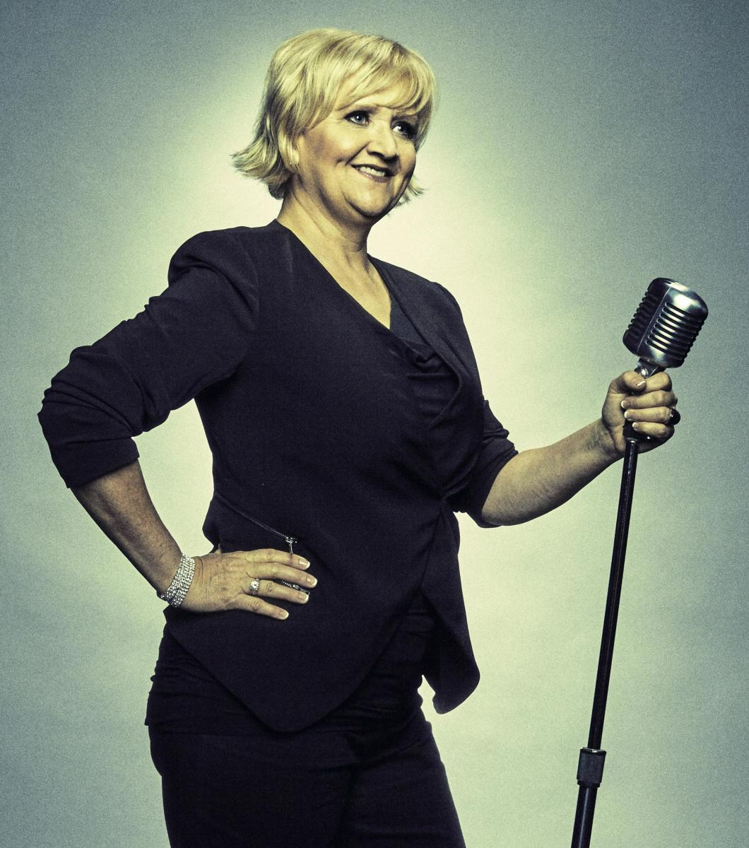 Chonda Pierce, comedian